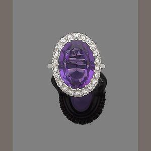 Bonhams 1793 : An amethyst and diamond cluster ring