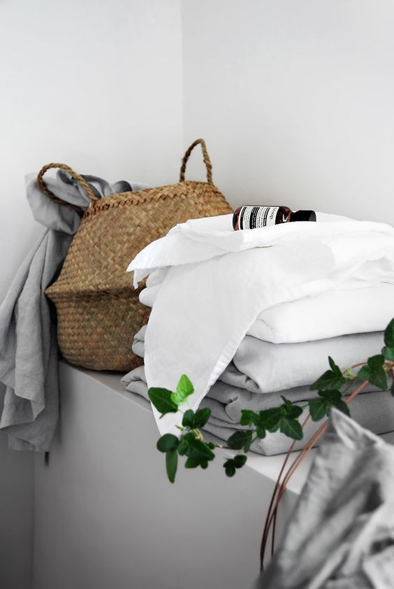 http://www.onlydecolove.com/2016/05/fresh-washed-linen-sheets.html
