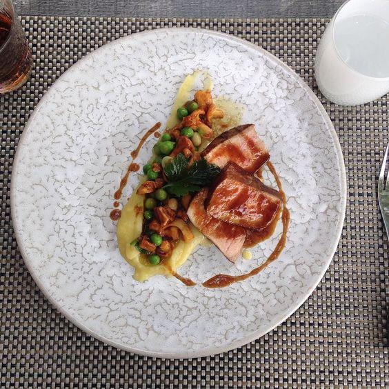 #veau #bassetemperature #Miammiam #gruson #larbre #foodie #instafood #foodporn #vsco #vscocam #restaurant #gastronomique @lefooding #lefooding #etoile ##michelin #michelinstar by camillekham