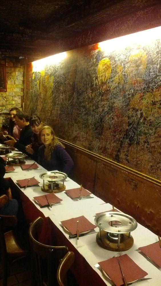 Le Refuge des Fondues, París - Montmartre - Restaurante Opiniones, Número de Teléfono & Fotos - TripAdvisor