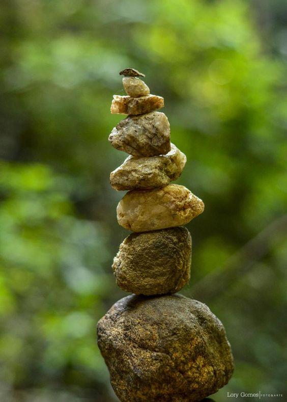 Pedra sobre pedra by Lory Gomes