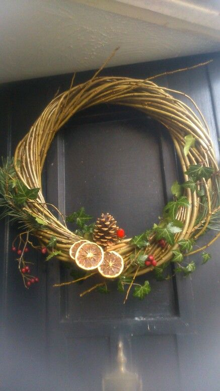 DIY Christmas wreath!
