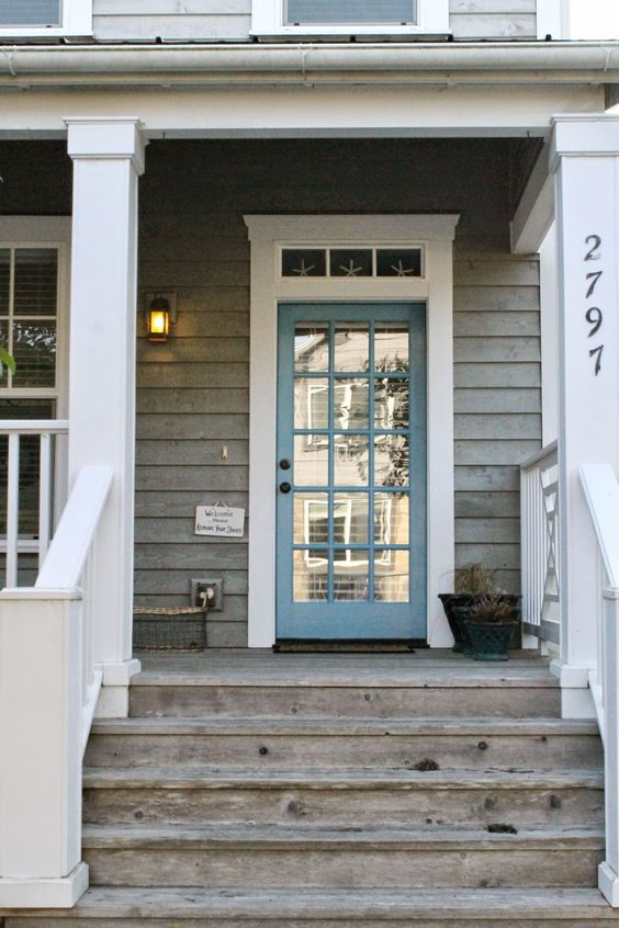Beach cottages blue doors and front doors on pinterest - House with blue door ...