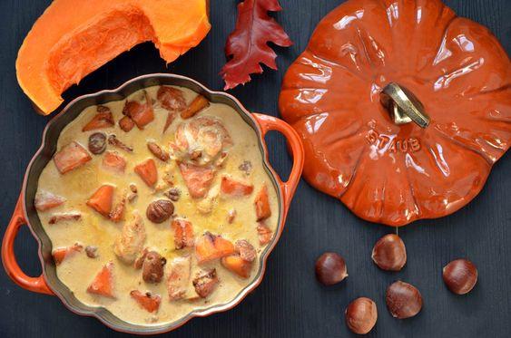 Il y a de la dinde au menu pour Thanksgiving et dans ma cocotte Staub : une blanquette de dinde marrons et potiron savoureuse et gourmande bien de saison.