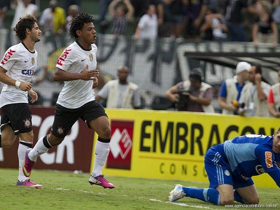 Sport Club Corinthians Paulista - Alexandre Pato e Romarinho
