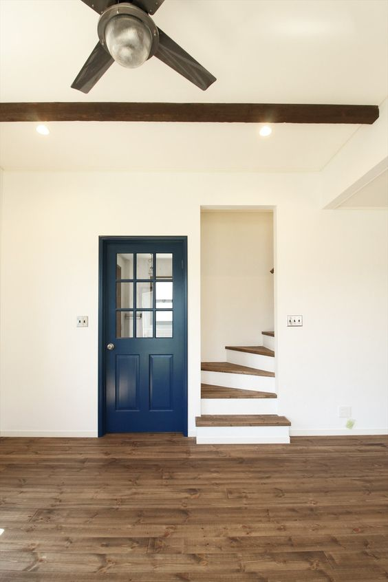 室内ドア/青/ドア/輸入ドア/扉/インテリア/ナチュラルインテリア/注文住宅/施工例/ジャストの家/door/interior/house/homedecor/housedesign: