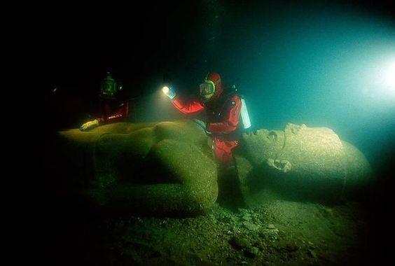 Descubren una ciudad entera bajo las aguas del mar Mediterráneo - NoticiaCanaria.com
