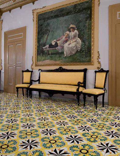 Ceramiche de maio vietri ceramiche maioliche mosaici marmi pinterest floors and tile for Ceramiche di vietri bagno
