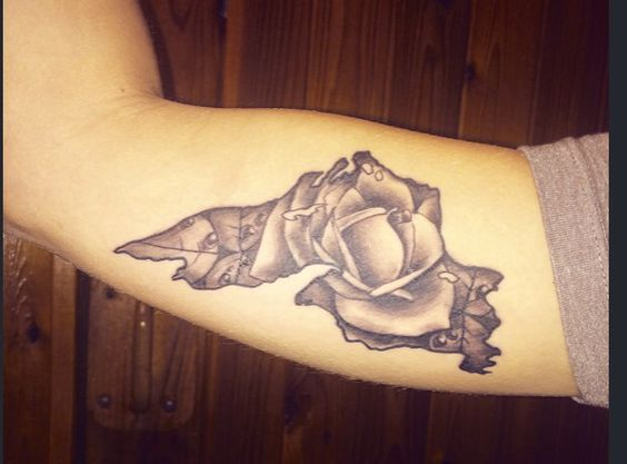 Lake Superior Tattoo with a rose filling in the outline... So in love!