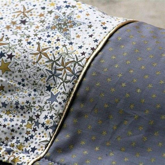 Couverture Liberty gris et polaire, made in France. www.histiredecadeau.com