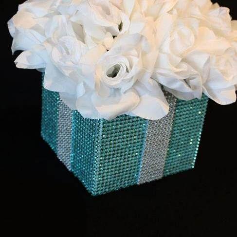 Centros De Mesa Para 15 Años Sencillos Bonitos Y Elegantes 2020 Centros De Mesa Azules Para Boda Boda De Tiffany Centros De Mesa Para Boda