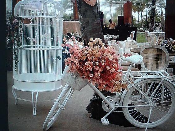 Decoração de casamento na praia. Visite no Instagram: rozane andrade decorações