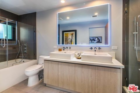 2120 Federal Ave Los Angeles Ca 90025 Loft Style Windows Doors House