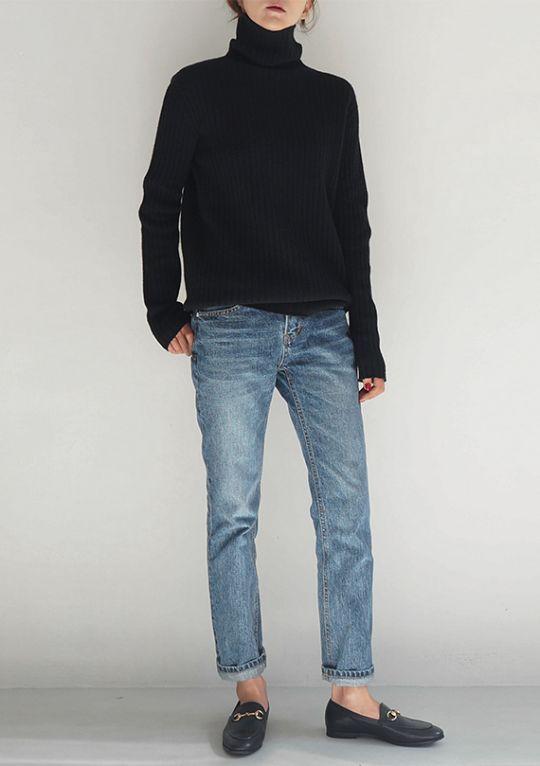 + свитер, форма джинс - обувь помассивнее