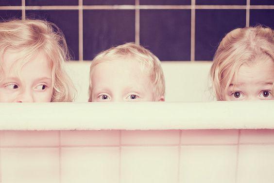 Bain en Famille par Sarah Alston.