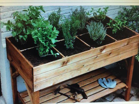 For balcony garden - simple & roomy!