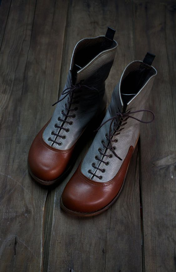 OXFORD BOOTS - classic boots number 39   brown/gray soft leather  EXCLUSIVE and unique pair