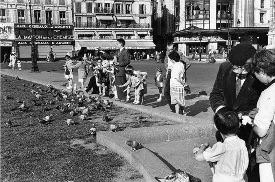 Paris 1950s Hôtel de Ville