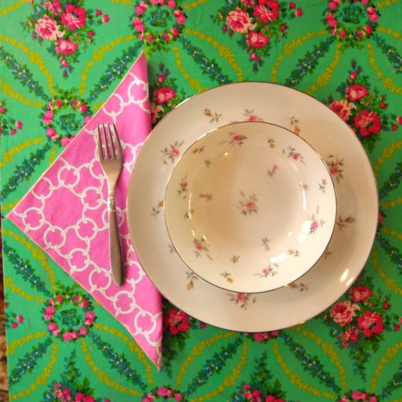 """Pink Chain Link Patterned Cloth Napkins, 10"""" X 10"""", Set of 8 by Zurelli on Etsy"""
