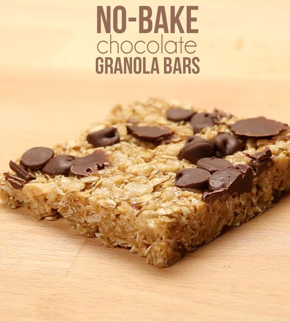 ... treat on with these delicious no-bake chocolate chewy granola bars