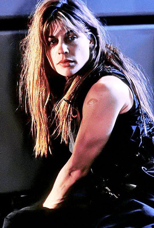 Linda Hamilton as Sarah Connor in Terminator 2: Judgement ...