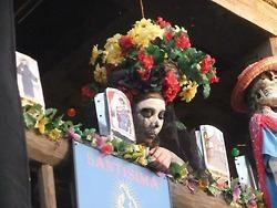 hartogensis:  A picture I took…Dia De Los Muertos…I love it!