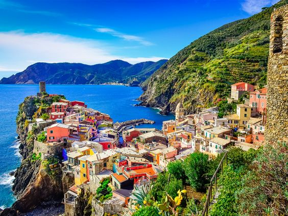 Spectacular sea views along the Italian coast.