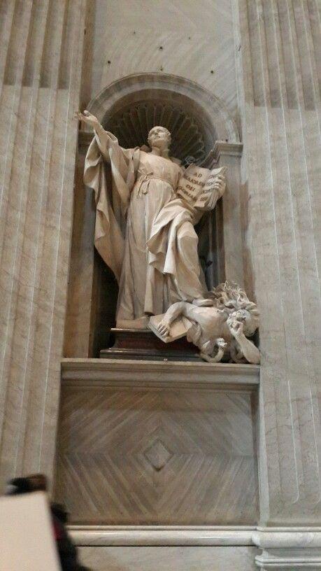 San Ignacio de Loyola en la Basílica de San Pedro en el Vaticano.