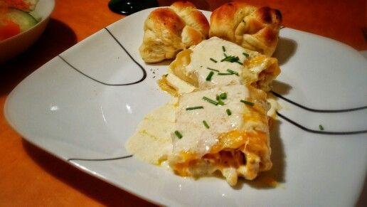 Alfredo Chicken Lasagna Roll Ups