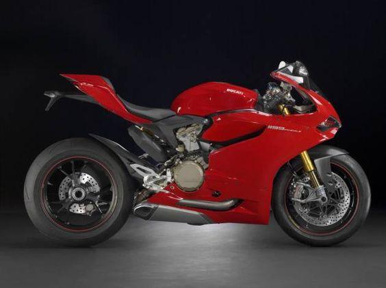 Ducati Panigale S 1199 ABS Marca: DUCATI  Modelo: SUPERBIKE  Precio de Lista: $368,500.00  Tiempo de entrega: Inmediata  Color: Rojo y Blanco  Pague en línea!