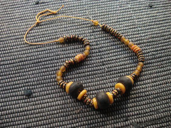 perles de verre africaines