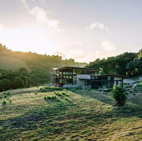 Inspired by the countryside, we love this modern yet homely structure. The Butterfly House designed by Feldman Architecture.
