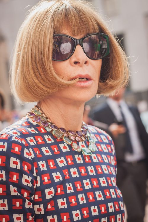 21-bob-with-curled-in-ends-and-short-bangs