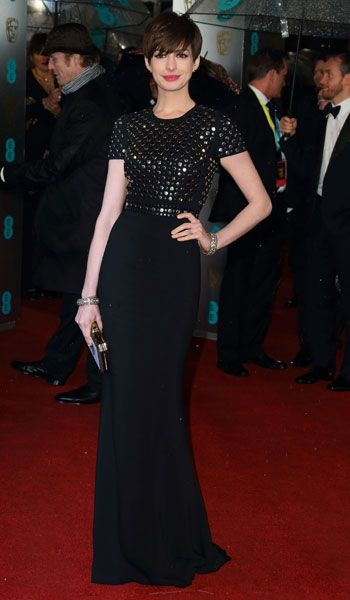 Anne Hathaway in Burberry at the 2013 BAFTAs