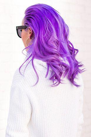 A morado…   El color de pelo de esta bloggera mexicana te va a dar envidia de la buena