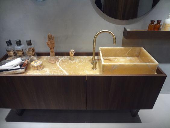 must altamarea - outra ideia seria ter a torneira na pia, ao lado. O que vcs acham?