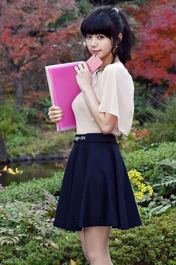 大学生の池田エライザ