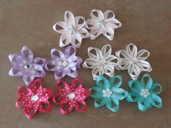 Small hair bows for babies toddlers or by SweetPeaBowsBoutique, $5.00
