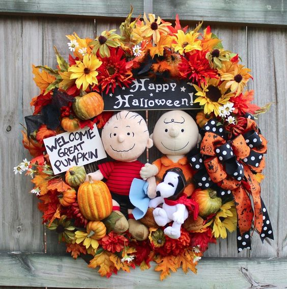 snoopy fall yard decor - Google Search snoopy Pinterest - halloween fall decorating ideas