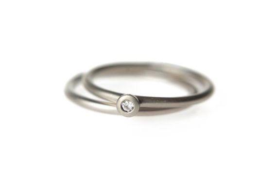 Sencillo anillo de compromiso en paladio oro blanco por AltanaMarie