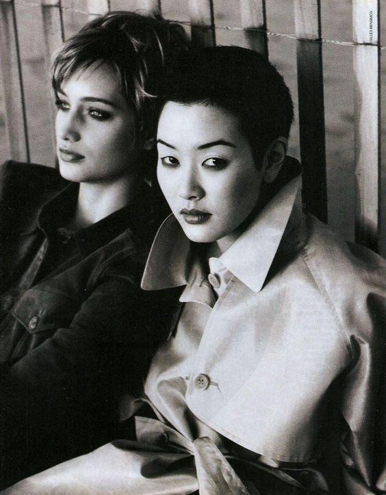 Manon von Gerkan & Jenny Shimizu Elle US (February 1994) ph. Gilles Bensimon kelles scan