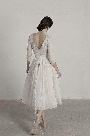 Cet ensemble rehaussé de dentelle pour ressembler à une ballerine :   36 robes de mariée deux-pièces chic et originales