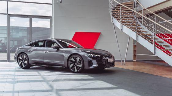 Audi e-tron GT on Behance