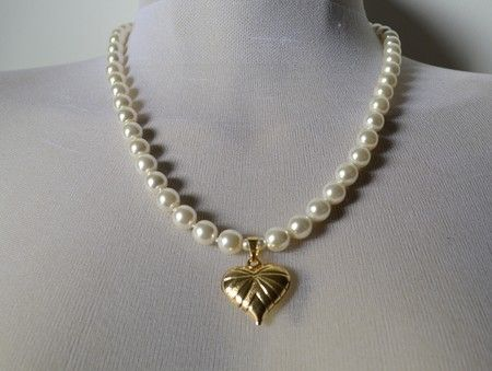 Colar perola de cristal, coração folheado a ouro