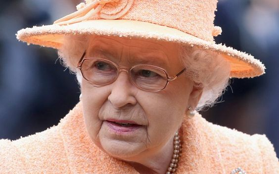 SNP minister: 'Independent Scotland may not keep the Queen' - Telegraph. Oh really?