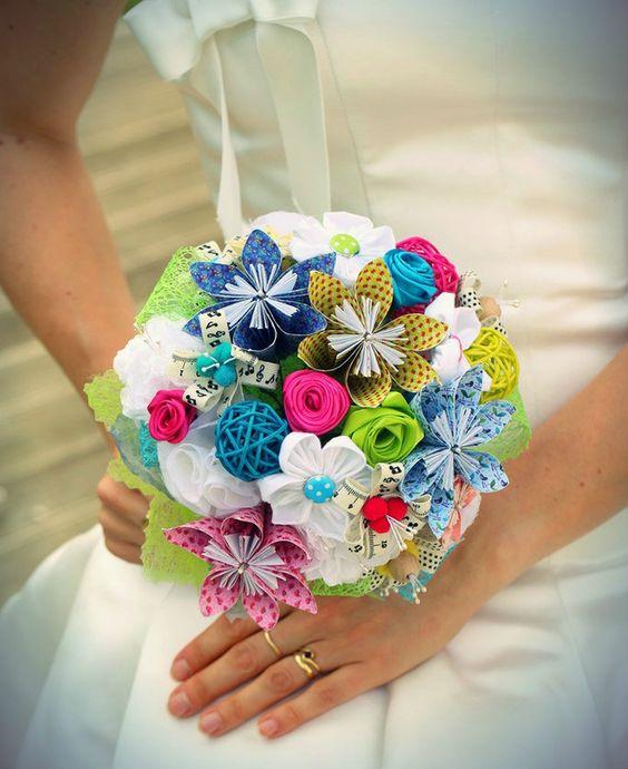 bouquet de mari e diy fleurs en origami tissu kanzashi papier de soie rubans de satin wedding. Black Bedroom Furniture Sets. Home Design Ideas