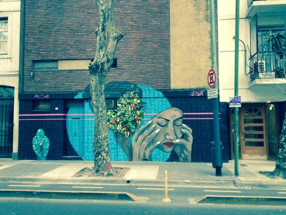 NUevo mural por el Abasto.