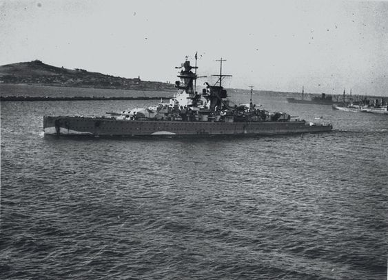 """August 21, 1939  German """"pocket battleship"""" Admiral Graf Spee sails from Wilhelmshaven for a South Atlantic cruise"""