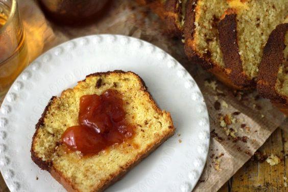 Pão de Milho com Açúcar e Canela