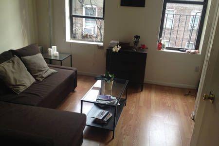 Échale un vistazo a este increíble alojamiento de Airbnb: Comfortable shared room in Midtown! en Nueva York